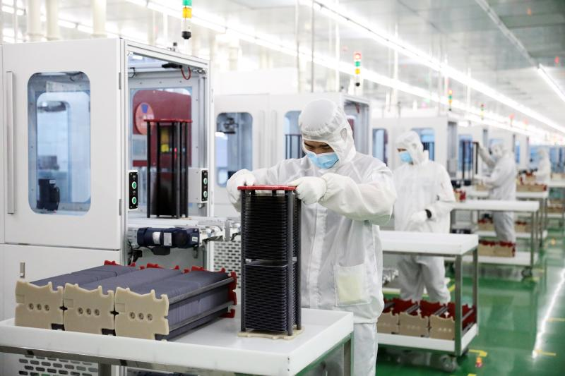 4GW高效单晶硅电池片项目全面投产